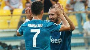 Chiellini y Cristiano Ronaldo, principales artífices del triunfo de la Juve