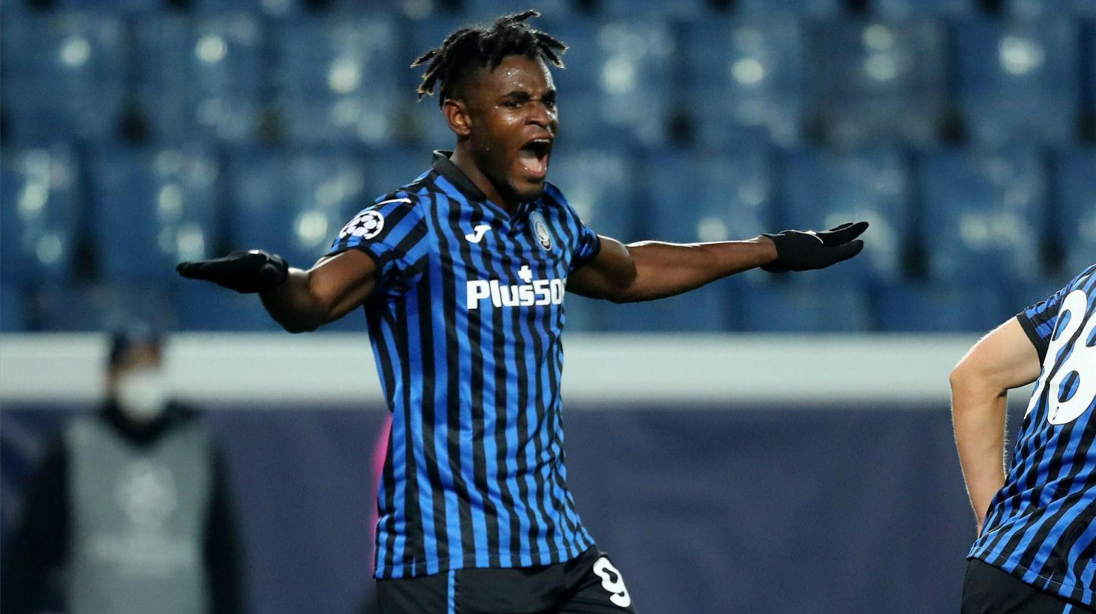 El doblete de Zapata para remontar al Ajax