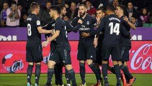 Los futbolistas del Real Madrid respiraron en Valladolid tras oler la debacle