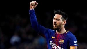 Messi celebró otro tanto de falta