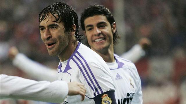 Raúl marcó un gol similar en la temporada 2007/2008