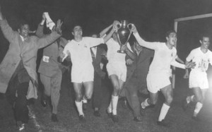 El Real Madrid ganó la primera Copa de Europa de la historia en la temporada 1955-56