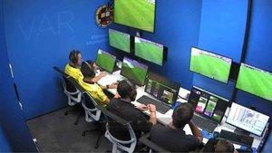 El VAR preocupa a los árbitros
