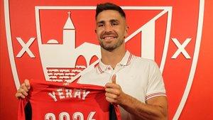Yeray Álvarez, renovado hasta 2026