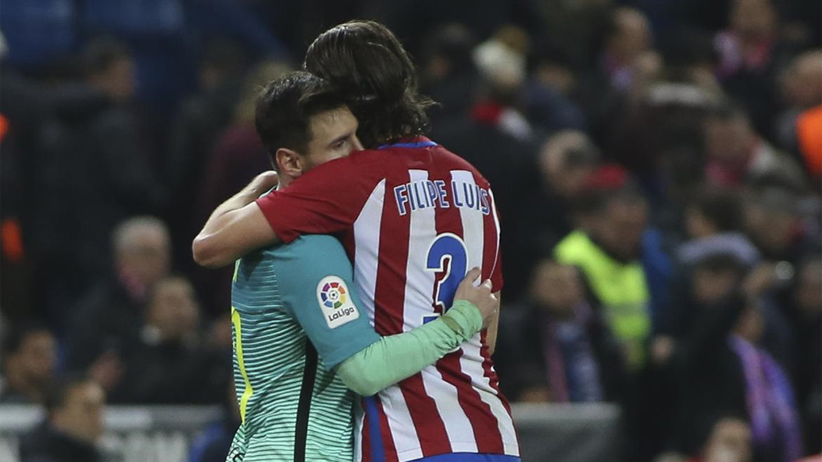 Filipe Luis: I admire Messi, he never reproached me on