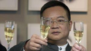 Chen ha celebrado las Navidades con empleados y futbolistas