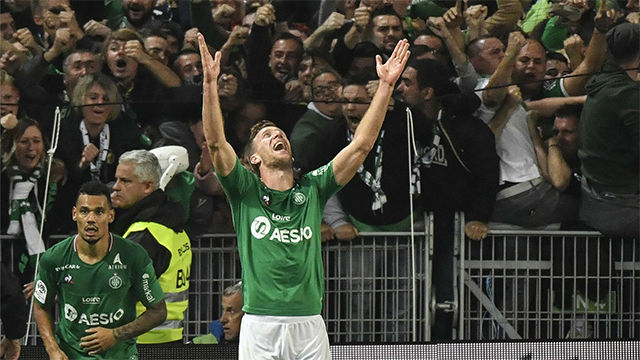 El gol de Robert Beric que ha sentenciado a Sylvinho en el Lyon