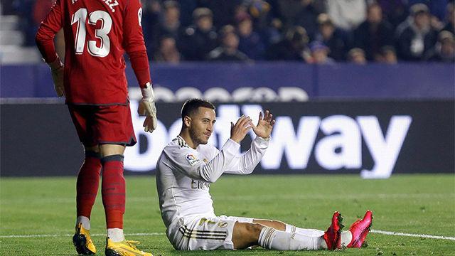 Hazard no tuvo su noche: vea el garrafal fallo del belga solo delante del portero