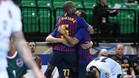 Los jugadores del Barça Lassa, celebrando uno de sus ocho goles