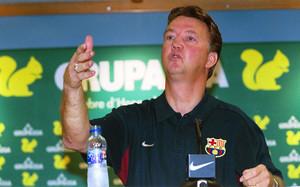 Louis van Gaal no se mordía la lengua en su etapa como técnico del Barça
