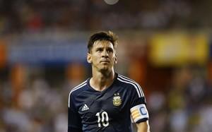 Messi marcó dos goles ante Bolivia