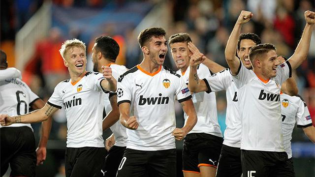 Remontada final y goleada del Valencia al Lille en Mestalla