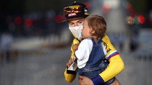 Roglic, ganador de la Vuelta 2019, anunció que seguirá luchando por el Tour de Francia.