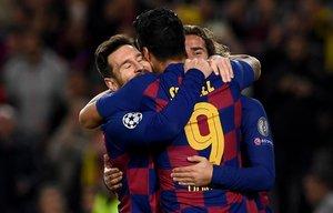 El tridente Messi-Luis Suárez-Griezmann funcionó a la perfección