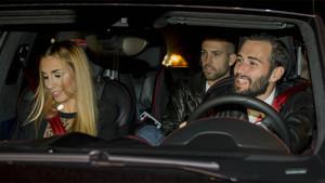 Aleix Vidal y su pareja llegaron con Jordi Alba a la fiesta de Neymar