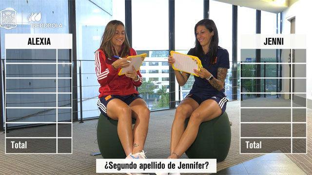 Alexia y Jenni se desafían en un divertido test
