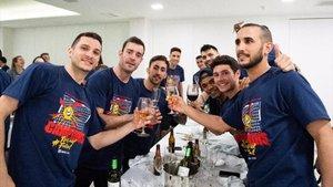El Barça Lassa brindó por la Copa del Rey y se conjuró a por la Liga