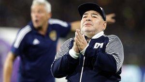 La continuidad de Diego Armando Maradona en Gimnasia y Esgrima todavía no es segura