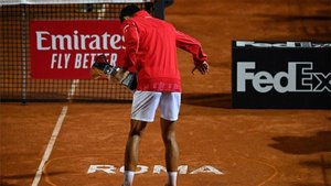 Djokovic celebrando su triunfo en el Foro Itálico