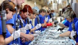España sale de la recesión con una histórica subida del PIB del 16,7% en el tercer trimestre