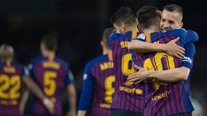 La exhibición de Messi en el Villamarín llevó al Barça en volandas