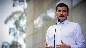 Iker Casillas podría presentarse a las elecciones de la RFEF