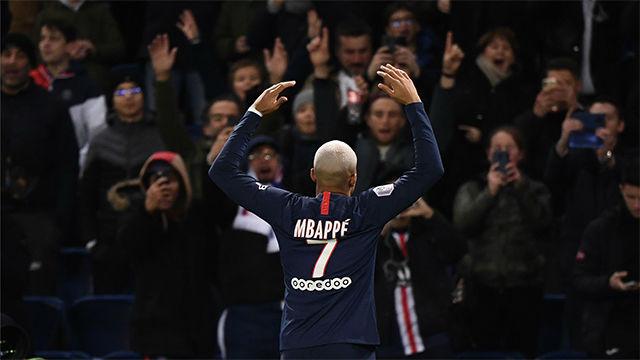 Mbappé celebró sus 21 años con un doblete