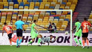 Moraes inauguró el marcador en el 89 y acabó con un doblete