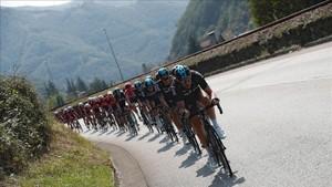 El pelotón de la Vuelta, en la pasada edición