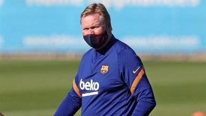 Ronald Koeman afronta su estreno oficial en el FC Barcelona - Villarreal