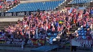 Aficionados del Logroñés animando en un partido