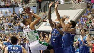 Al Joventut solo le vale la victoria ante el San Pablo Burgos