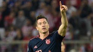 Lewandowski se convierte en el quinto máximo goleador de la Champions