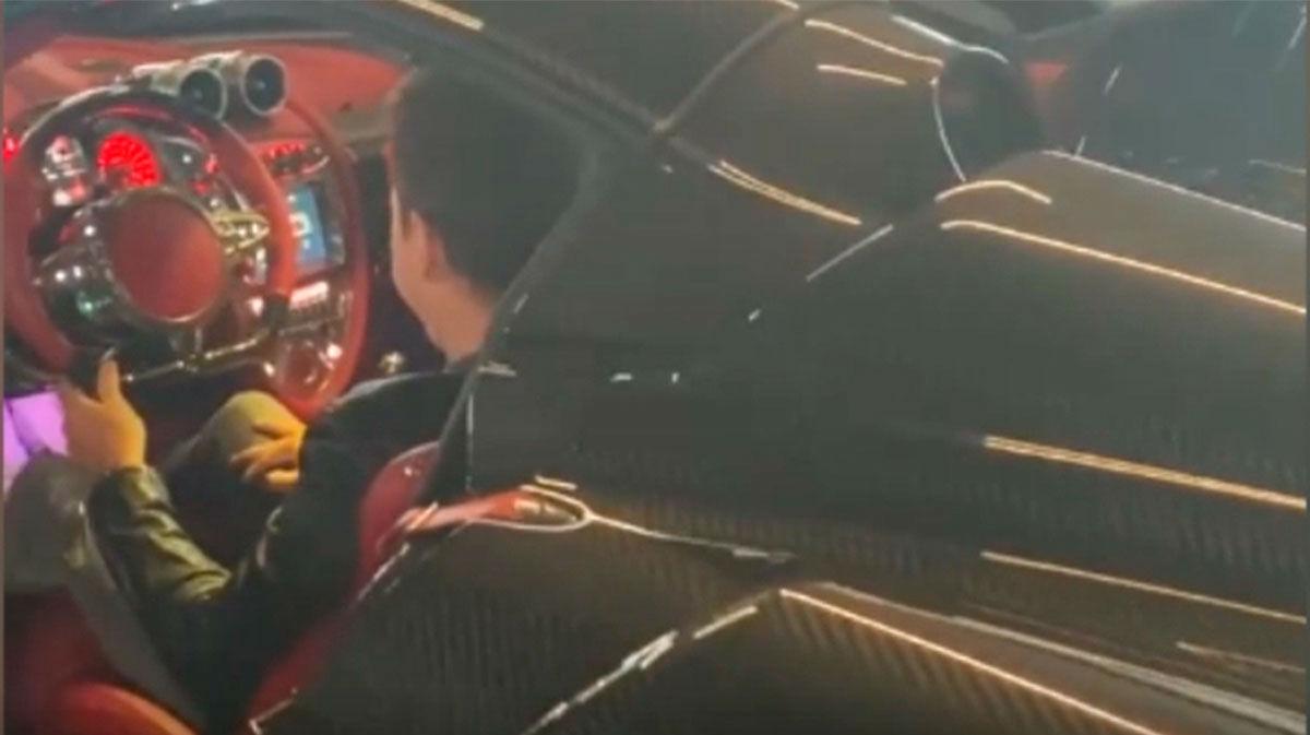 Lorenzo está preocupado con su nuevo coche.... ¡DE PELÍCULA!