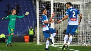 Óscar Melendo y Marc Navarro, dos canteranos construyeron el gol de la victoria del Espanyol en el derbi