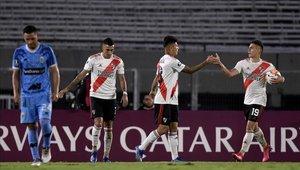 River Plate podría jugar en Ezeiza para la Superliga Argentina