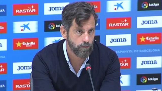 Sánchez Flores, a punto de abandonar la sala de prensa tras la derrota ante el Eibar