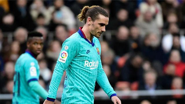 Vea el resumen de la dura derrota del Barça en Mestalla