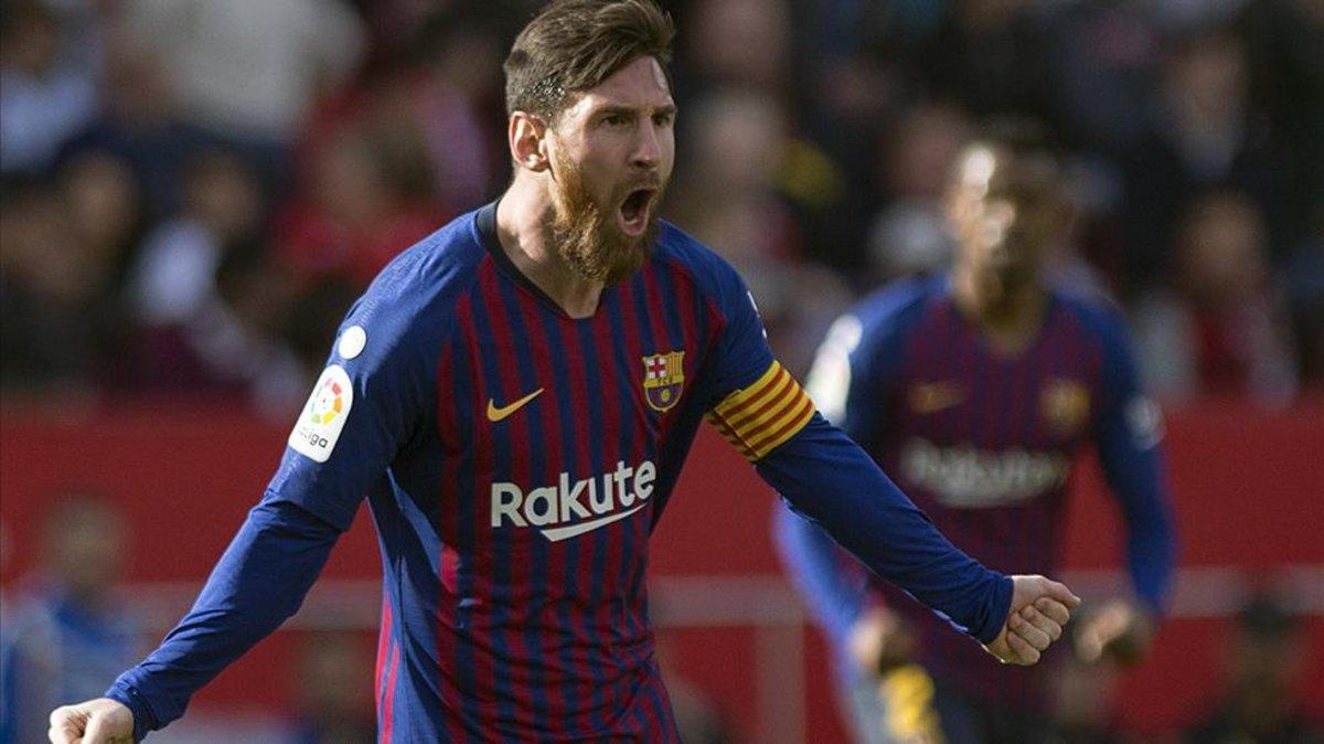 Tres zarpazos de Messi impulsan al Barça en el Pizjuán 75c5b2f3e9e3a
