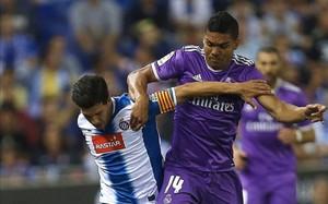 Casemiro cayó lesionado ante el Espanyol