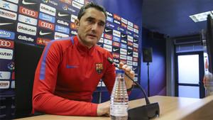 Ernesto Valverde, entrenador del Barça, en una rueda de prensa