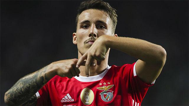 Golazo de Grimaldo para ayudar al Benfica a conquistar la Supercopa