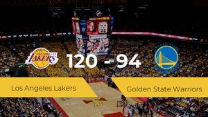 Los Angeles Lakers gana a Golden State Warriors (120-94)