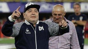Maradona mandó un mensaje de ánimo a su excompañero