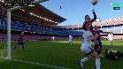 Messi, a punto de repetir el gol con la mano de Maradona
