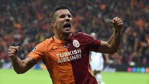 Podolski dejará el Galatasaray