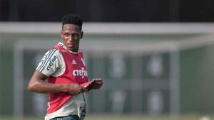 Yerry Mina quiere jugar en el Barcelona