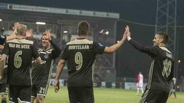 El Ajax no cede ante el Emmen y ya es líder de la Eredivise