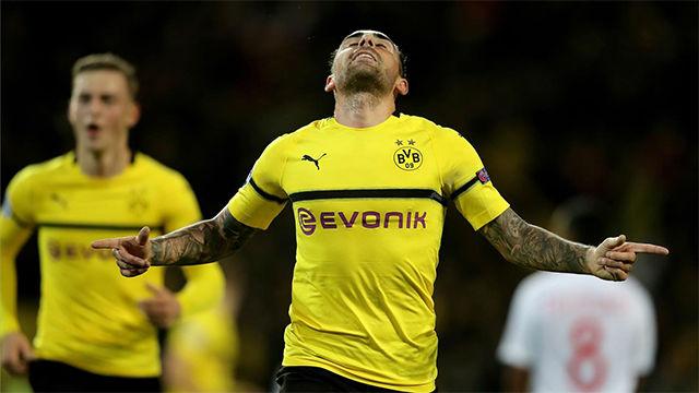 Alcácer guía al Dortmund ante el Mónaco