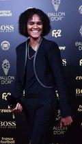 La jugadora francesa del Lyons Wendie Renard llega a la gala del Balon de Oro France Football 2019 en el Chatelet Theatre en Paris.